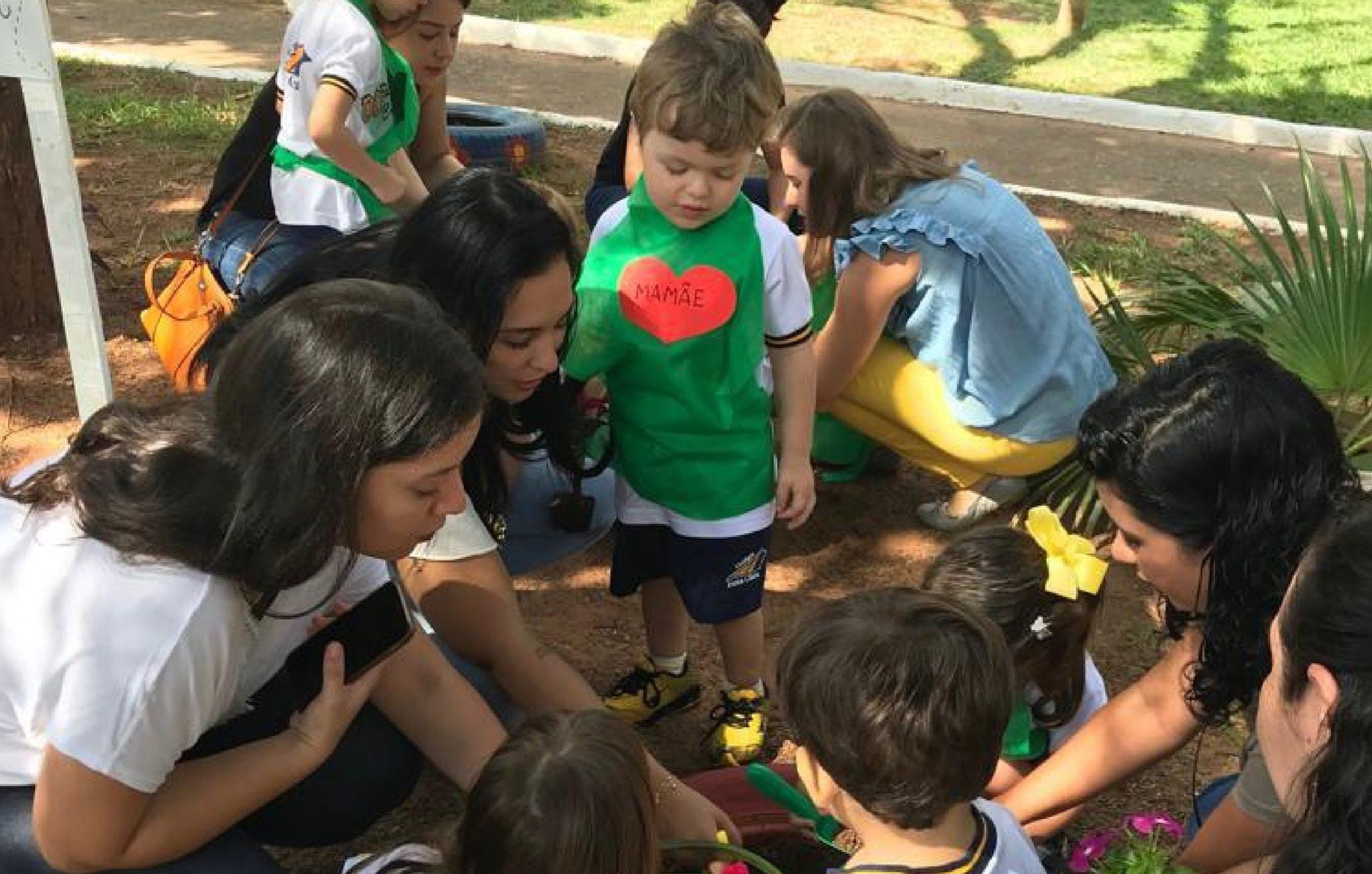 Eventos escolares para estreitar a relação entre família e escola