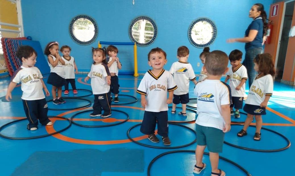 As crianças aprendem a tolerar quando frequentam a escola na primeira infância